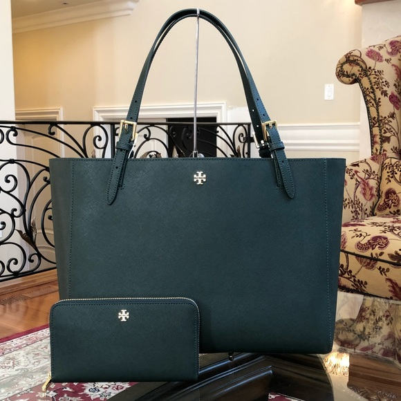 519c343083c5e Authentic Tory Burch York Buckle tote+Wallet green